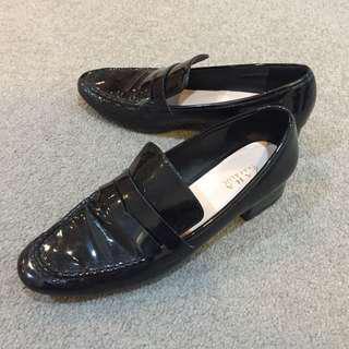 Zara Black Shiny Leather Loafers
