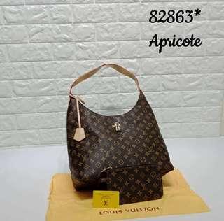 LV Handbag 2 in 1 set