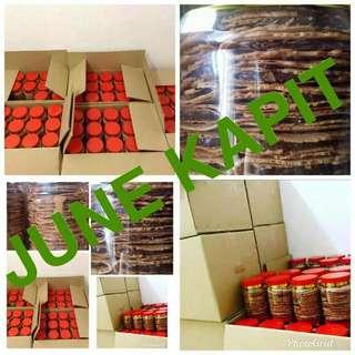 Kuih kapit coklat RM13.50