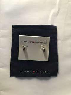 Tommy Hilfiger 不鏽鋼防敏耳環