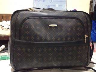 Pierre Cardin Leather Luggage Suitcase Maleta