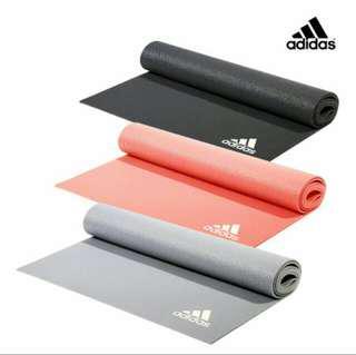 adidas 專業訓練yoga瑜珈墊