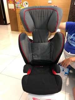 保時捷Porsche原廠兒童安全座椅