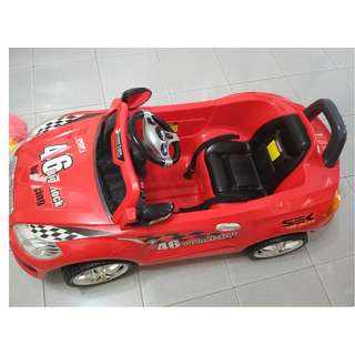 Pre-Loved Kids Ride On Electric Battery Operated Race Car