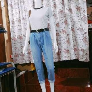 Brandnew top and preloved HW mom jeans
