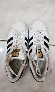 Adidas original size 40