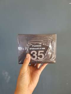 Fujinon xf 35mm f 2 WR garansi 1 tahun