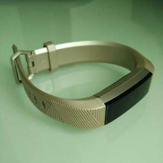 (from US) Fitbit Alta HR / Alta wristband only