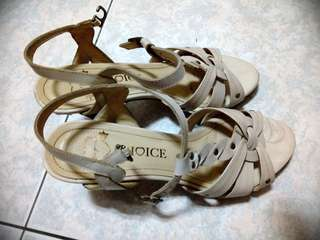 🚚 Choice杏色羅馬高跟涼鞋