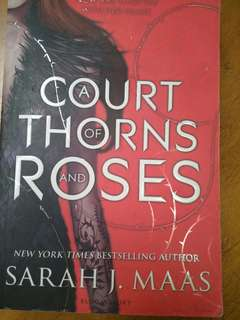 A court of thrones and roses Sarah J. MAAS