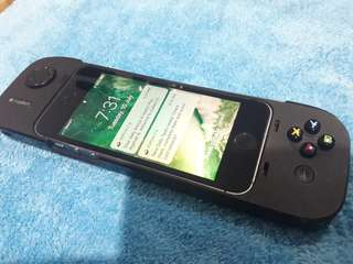 Iphone 5s with gamepad