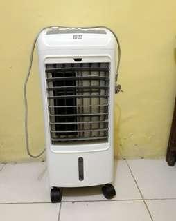 Air Conditioner merk APA Ace Hardwarw
