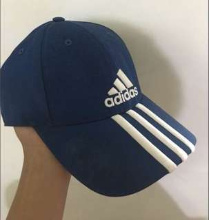 🚚 Adidas 老帽 海軍藍