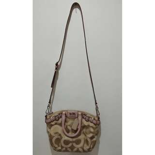 PREOVED AUTHENTIC COACH SLING BAG