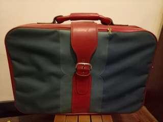 🚚 復古行李箱