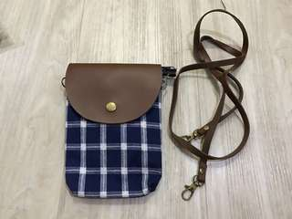 clein blue sling bag ( sisa stock jualan- net price )