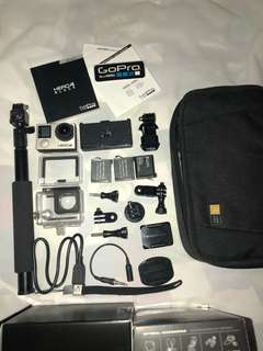 Go Pro Hero Black 4 (with freebies)