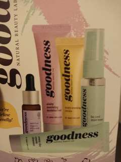 Goodness, Natural Beauty Lab face kit