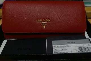 Prada saffiano metal Wallet