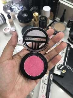 #maudecay Mizzu blush ( pink )