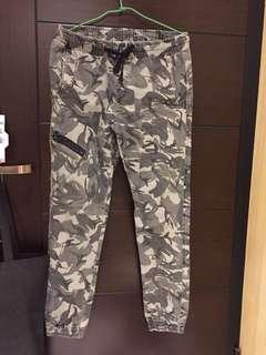 🚚 Laking 迷彩褲(XL)