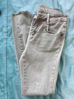 Grey Cotton On jeans size 6