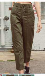 🚚 BNWOT Kim Military Army Green Pants