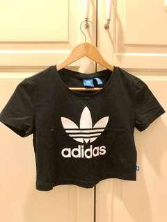 🚚 Adidas短版圓領短袖上衣