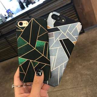 Aztec triangle (Grey) for Iphone 6/6s 💖