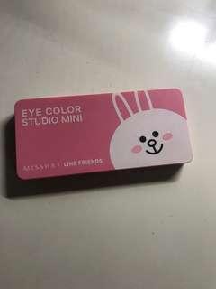 Missha line friends eyeshadow