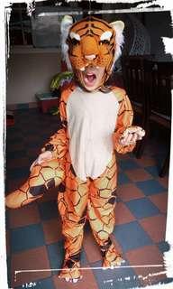 Costume 6-7 tahun
