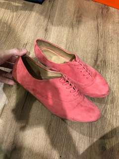 Aldo Pink Velvet Oxfords Size 6