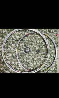 Wheelset for road bike  8,9,10,11, speed compatible