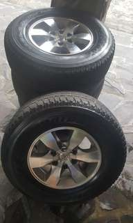 "16"" oem toyota fortuner rims with tires set of 4"