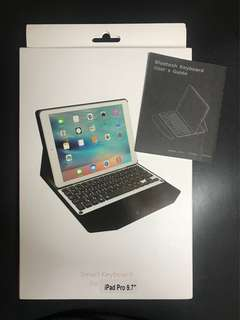 (全新)Apple iPad pro 9.7' smart keyboard case