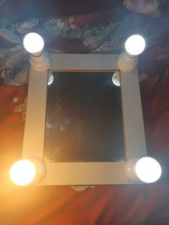 Lighted Vanity Mirror for Make up