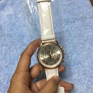Benchi leather wristwatch