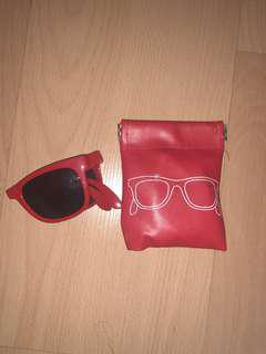 FOLDABLE SUNGLASSES WITH POUCH