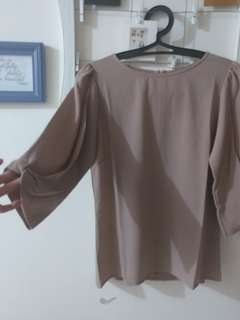 Brown blouse for work #maudecay