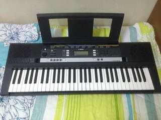 Yamaha Keyboard E243