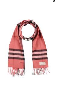 Brand new with tag Burberry Oblong scarf