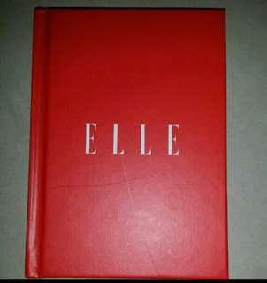 Elle notebook
