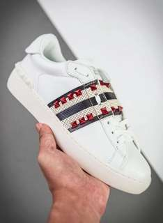 VALENTION SHOES