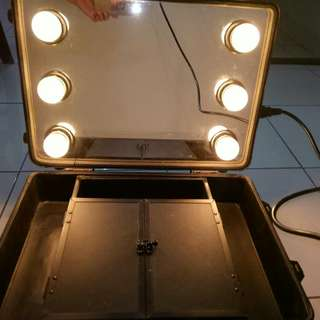 Beauty case full mirror preloved