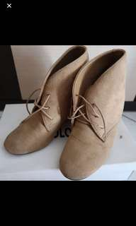 Colorbox suede shoes