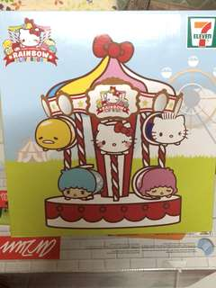 Hello Kitty 旋轉架