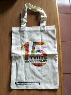 全新帆布袋,白,TWIST 尺寸:30*39--$80含郵局寄出