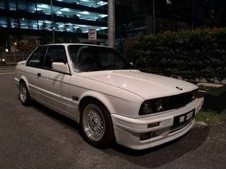 BMW E30 325i M-Technic Coupe