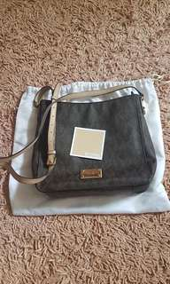 Michael Kors  Jetset Crossbody Bag