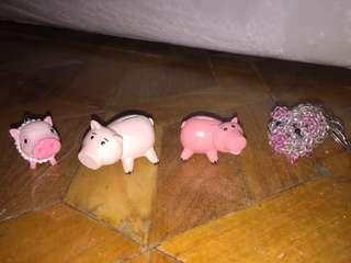 Pig figurines/keychains